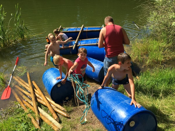 Flossbau am Silbersee (12. August)